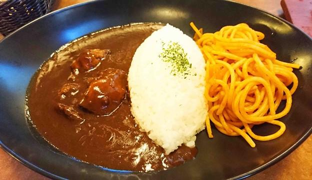 Photos: 肉の万世 ハヤシライス&ナポリタン