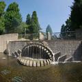 写真: 170914_横浜市中区・山下公園_水の階段_E17091447794_MZD8FP_X8Ss