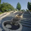 写真: 170914_横浜市中区・山下公園_水の階段_E17091447797_MZD8FP_X8Ss