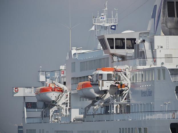 170914_横浜市中区・大桟橋_客船「PACIFIC VENUS」_G170914J7855_MZD300P_X8Ss