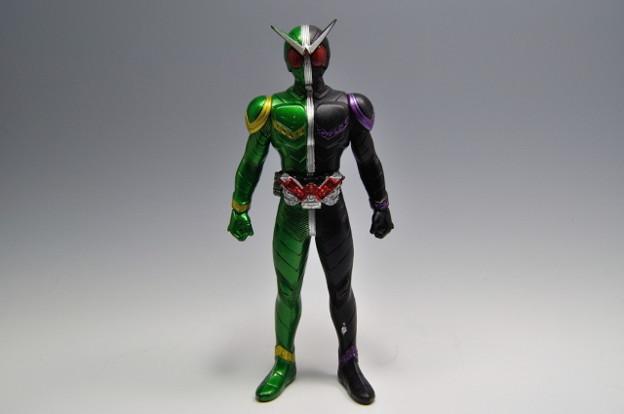 バンダイ_仮面ライダーW ライダーヒーローシリーズW01 仮面ライダーW サイクロンジョーカー_001