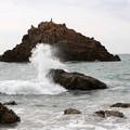 Photos: 砕け散る波