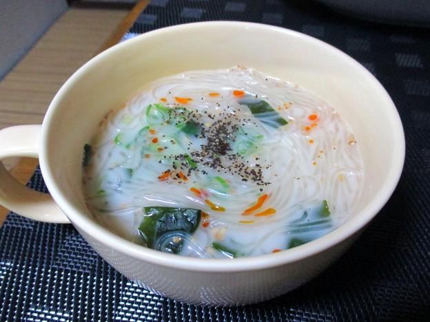 ちゃんぽん風味の春雨スープ