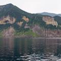 写真: 知床半島の岩々@2013北海道旅行最終日