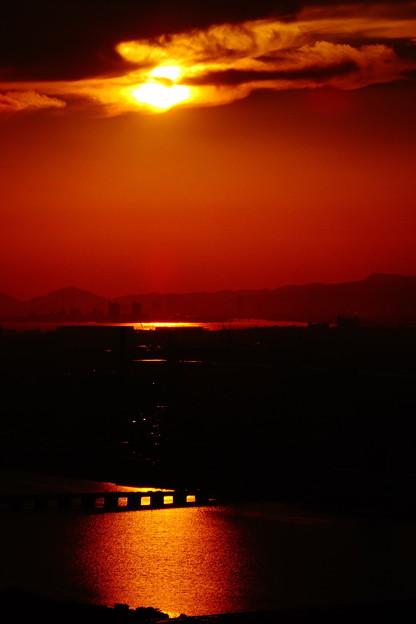 梅田スカイビルから見た夕景