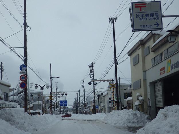 写真: 積雪87cmの伏木