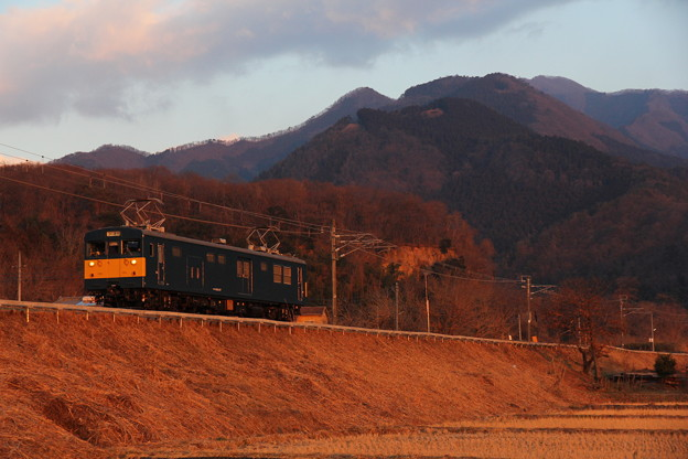 クモヤ145形クモヤ145-107 霜取り列車