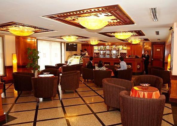 Photos: Movenpick Hotel Hanoi