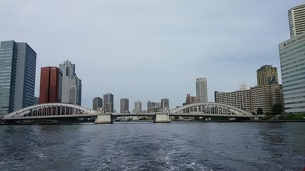 勝鬨橋とビル