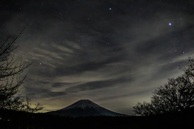 写真: 初冬の富士-別アングル-