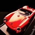 写真: Porsche  (to process the photo)