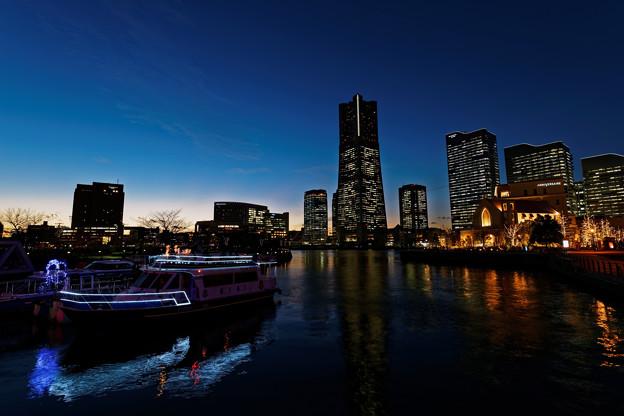 運河パークの黄昏