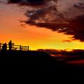 Photos: 日の出を待つ人々