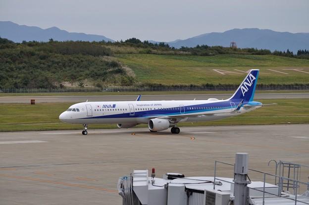 ANA A321ceo 秋田空港 17-10-06 15-05