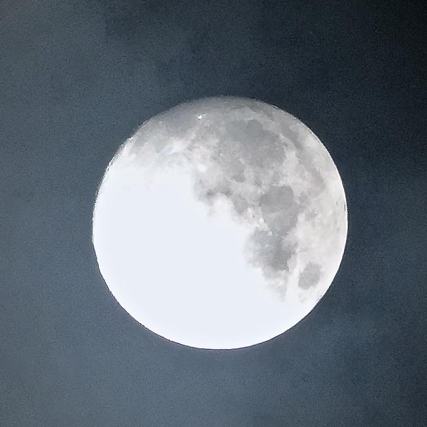 雲間から見えた「ミラクルムーン」(後の十三夜):月齢 12.66 No - 3