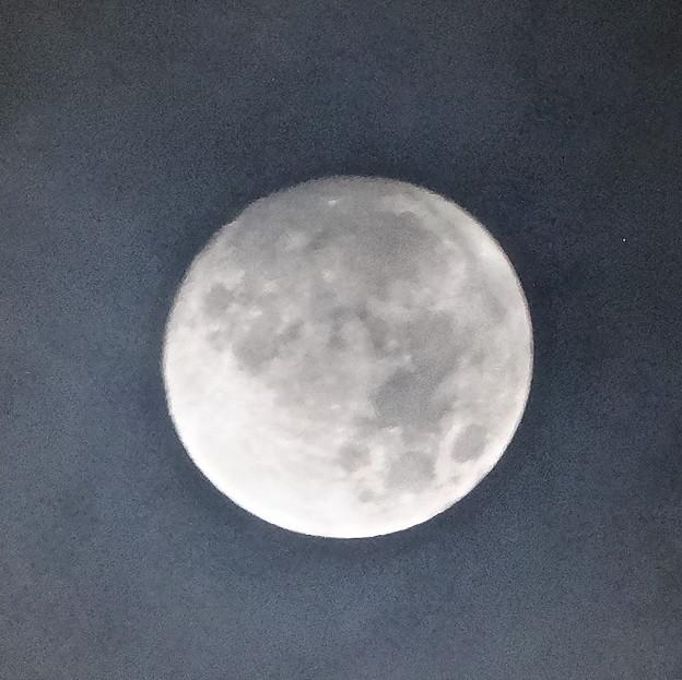 雲間から見えた「ミラクルムーン」(後の十三夜):月齢 12.66 No - 5