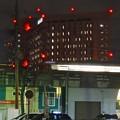 写真: JR中央線高架越しに見た、夜の名大病院 - 5
