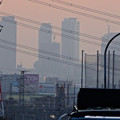写真: 蜃気楼のように見える、春日井市内から見た夕暮れ時の名駅ビル群 - 2