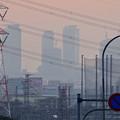 写真: 蜃気楼のように見える、春日井市内から見た夕暮れ時の名駅ビル群 - 4