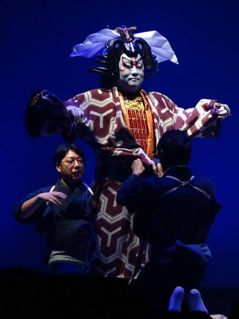 ささしまライブまちびらき「和 in Zepp」 - 65 :ストリート歌舞伎「悪七兵衛景清」(化粧の様子)