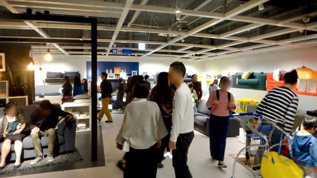 オープン1ヶ月後でも大勢の人で賑わう「IKEA長久手」 - 52