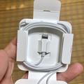 iPhone 8の箱と内容物 - 7:付属イヤホンはLightning!