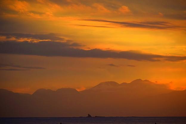 箱根の山々@湘南・鵠沼海岸 #湘南 #藤沢 #海 #波 #wave #surfing #mysky #hakone #箱根