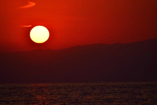 間もなく日没を迎える湘南・鵠沼海岸 #湘南 #藤沢 #海 #波 #wave #surfing #mysky