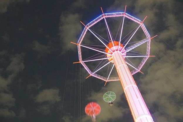 Photos: 夜の遊園地