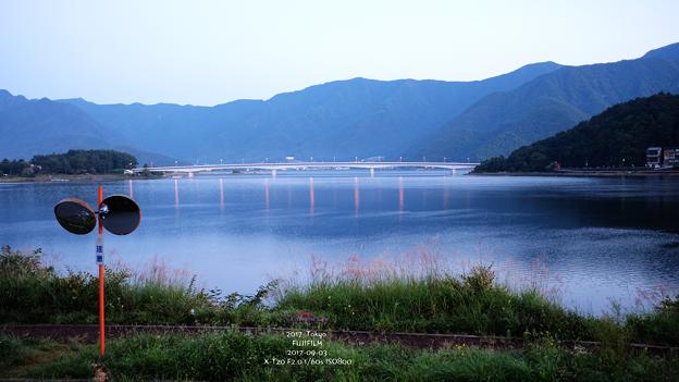 河口湖與橋
