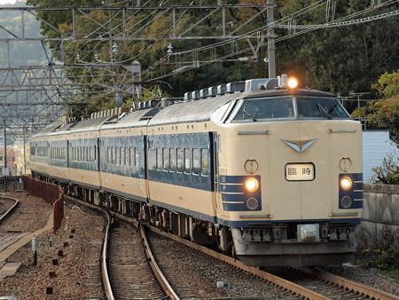 583系団臨 東海道本線山科駅