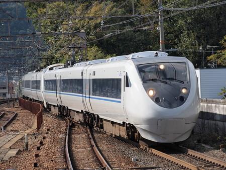 681系特急サンダーバード 東海道本線山科駅