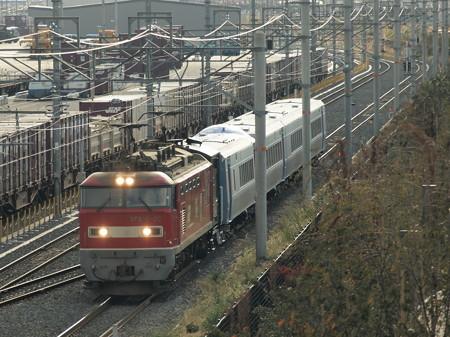 EF510 キハ261系甲種東海道本線岸部駅