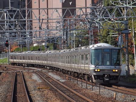 223系新快速 東海道本線山崎駅01
