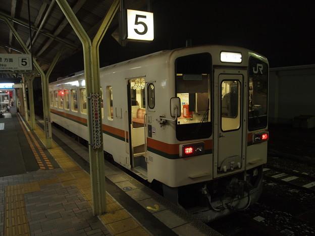 写真: キハ11形普通 名松線松阪駅02