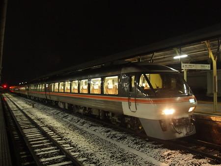 キハ85系ワイドビュー南紀 紀勢本線松阪駅02