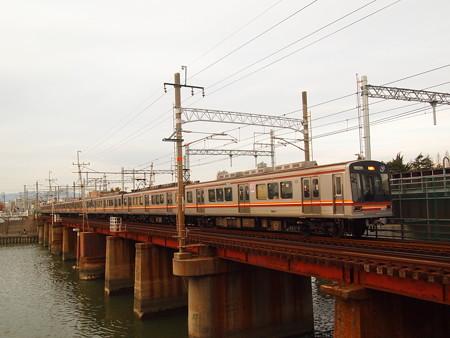 大阪市営地下鉄66系 阪急千里線下新庄~淡路01