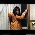 """写真: すきま風にガムテープ、カラシ色のコート~同じ環境~音ちゃん有村架純~永遠の名作""""いつかこの恋を思い出してきっと泣いてしまう""""坂元裕二脚本"""