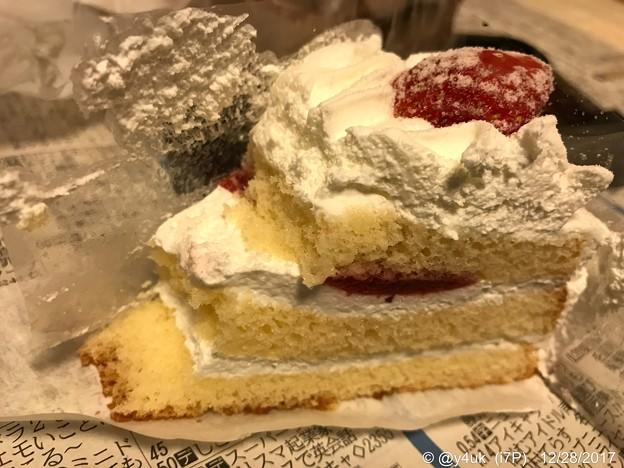 Xmas過ぎても終わらないケーキ~もったいない断層~3分で消えた…