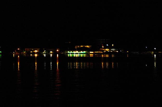 コロールの夜景
