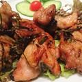 写真: ベトナムちゃんのチキンのレモンリーフ焼き