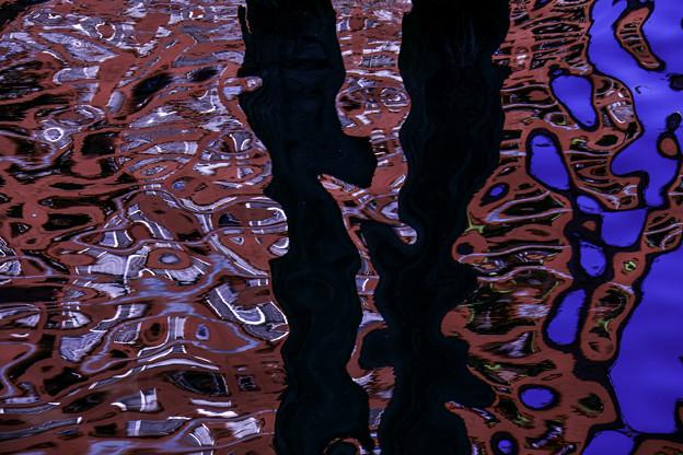 水面のアート