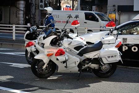 警視庁の白バイ(VFR)
