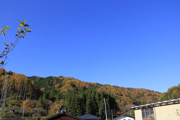 山に囲まれた清内路