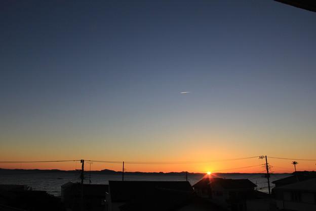 写真: お部屋から見た1月4日の日の出