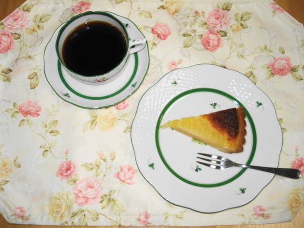 SWEET HONEYさん 洋ナシのタルト&コーヒー