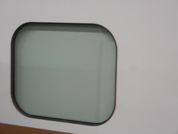 W7系W11編成(12両編成)の窓