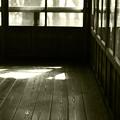 Photos: 陽の射す廊下