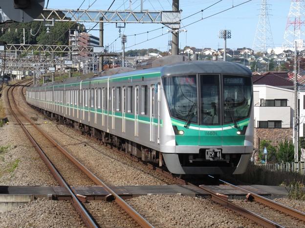 東京メトロ千代田線16000系 16101F