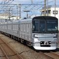 東京メトロ日比谷線13000系 13104F